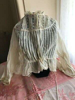 ANTIQUE Victorian BABIES BLOUSE with handmade embroidery & Valenciennes lace