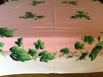 "VINTAGE WHITE TABLE CLOTH ~ IVY DESIGN -  27""x 51"" -  VERY PRETTY"