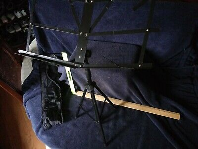 Adjustable music stand with carrying case