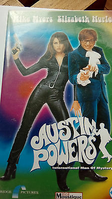 AUSTIN POWERS , Mike Myers & Elizabeth Hurley  Cassette video VHS 1997