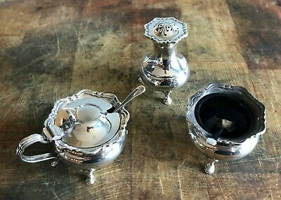 Sterling Silver 3 Piece Cruet Set. Blue Glass Liners. 2 Matched Spoons. All 1946