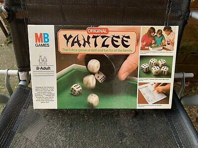 MB Games Original Yahtzee Complete. Near Mint Condition Hardly Used