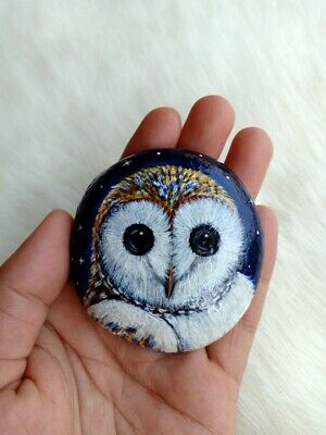 Hand Painted Lovely Snow Owl On Natural Rock Stone Art Gift Deco Paperweight D46