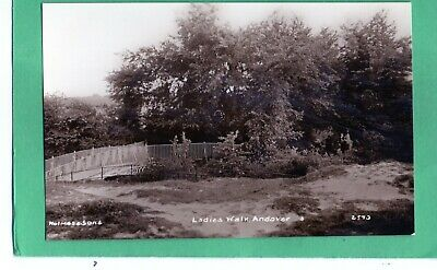 Andover - Ladies Walk= Fine Real Photo P/C By Holmes & Sons- Unused
