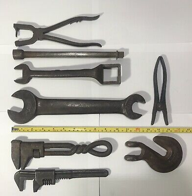 Lot Of 8 Vintage Assorted Hand Tools