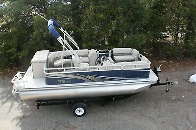 Scratch and dent - New 16 ft Fish pontoon boat-