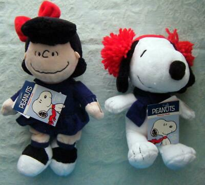 4 PEANUTS Christmas Holiday Musical Plush Toy Dolls Snoopy Charlie Brown Linus