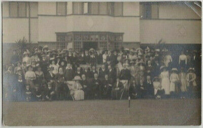 Vintage Old Photo People Fashion Women Men Glamour Clothing Group Building G16