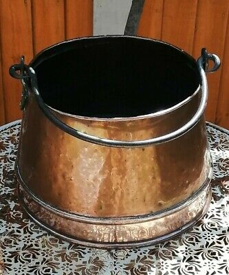 Antique Copper cooking pot forged Iron handle, in VGC.