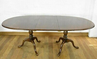 Antique style twin pedestal extending dining table - Nice quality