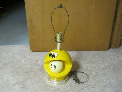 Vintage 1980's Pac-Man & Ghost Ceramic Table Lamp - Cool Arcade Collectible!