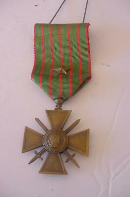 Vintage U. S. Army Metal World War One 1914 1917 French Croix De Guerre Cross