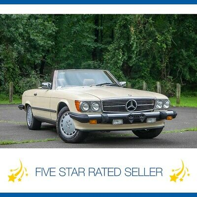 1988 Mercedes-Benz SL-Class 560SL Super Low 37K mi Serviced Rare Color CARFAX! 1988 Mercedes Benz 560SL Super Low 37K mi Serviced Rare Color CARFAX!