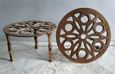 """Vintage Edwardian (?) pair of small 3.5"""" round brass trivets"""