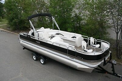 New 24  fish and fun pontoon with 115 and trailer