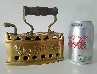 Antique Solid Brass Sad Iron (cleaned). An original item in great Condition.