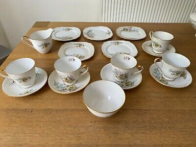 Windsor - Bone China Tea set - c1950s Floral Design - 17pcs