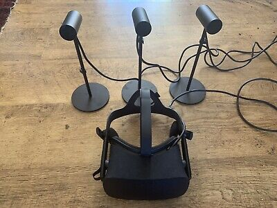 Oculus Rift CV1 VR Headset With 3 Sensors and Touch Controllers