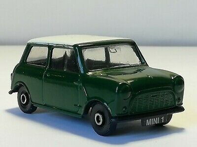 Vintage Corgi CAMEO Collection MINI Fina Green White Roof Diecast Model Toy Car