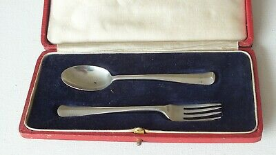 Solid Silver Christening Gift Fork & Spoon Set Sheffield 1918 (cased)
