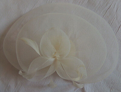 Cream / Ivory Head Fascinator - Debenhams - Comb - Feathers & Mesh - Stylish 2