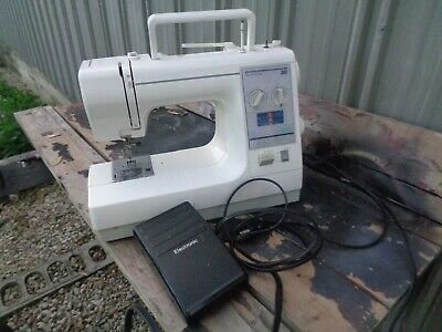 Kenmore Model 385 Sewing Machine 36 Stitch Foot Pedal with Accessories & Manual