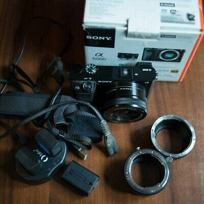 Sony A6000 24,3MP + 16-50mm + 2 anelli + 3 battery mirrorless APS-C NFC WiFi