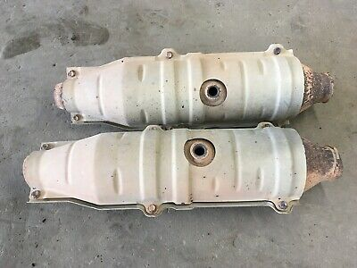Scrap OEM Catalytic Converter Toyota Tundra for recycle only/USED