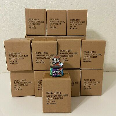 Box Of 12 SeaWorld San Diego 3X Fury Design Paperweight Resin Glitter Snow Globe
