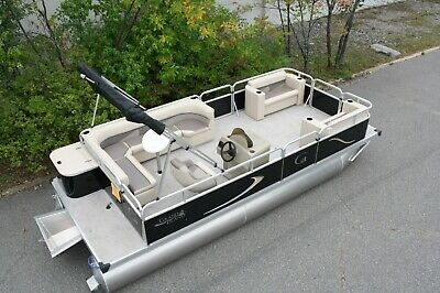 Stay safe- New 20 ft Grand Island Cruise or Full Rear bench