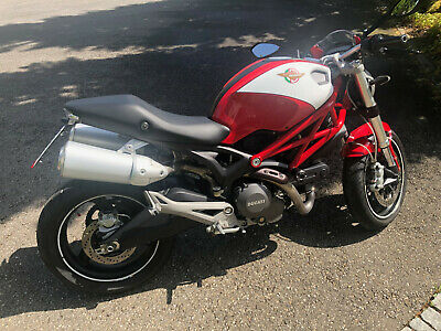 Ducati Monster 696 - rot/weiße Meccanica Edition