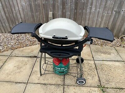 Weber Q200 BBQ, With Folding Trolley / Stand And Waterproof Cover