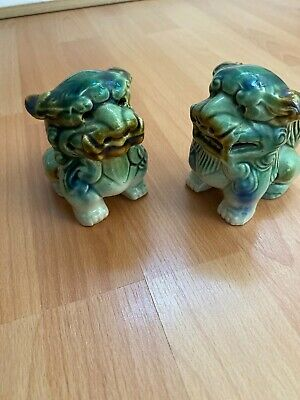 Pair Of Vintage Unbranded POTTERY  FOO/ TEMPLE DOG Ornaments
