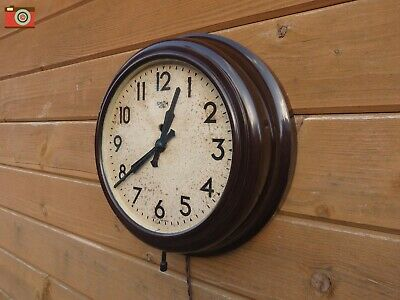 VINTAGE SMITH SECTRIC WALL CLOCK. BAKELITE CASE. Restored. Stunning Condition
