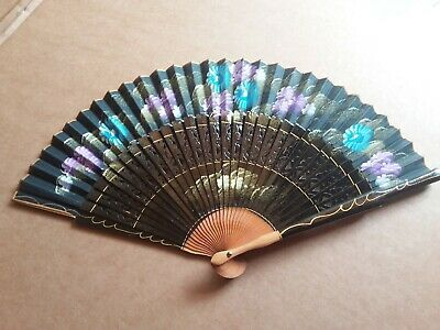 Antique 1900 Japanese Fan Hand Painted Decorated Gilded Flowers Lacquered Wood