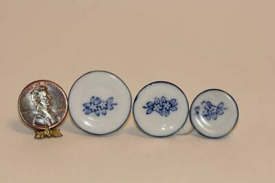 Dollhouse Miniature Ceramic Plate by Barb 1:12 1 inch scale A26 Dollys Gallery