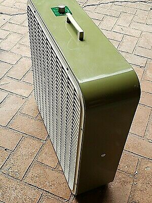 """Vintage Lakewood Country Aire 22"""" 3 Speed Box Fan Model P-23 Avocado Green"""