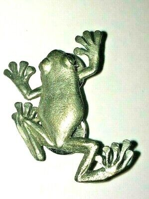 Climbing Tree Frog Brooch Signed G G Harris 1994 Pewter  Pin Back