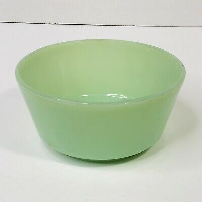 Unbelievable  Fluted Jadeite Bowl by Fire King 5.25