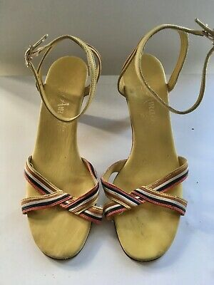 Amalfi woman's vintage Leather slingback shoes. Size 7.5  Made in Italy