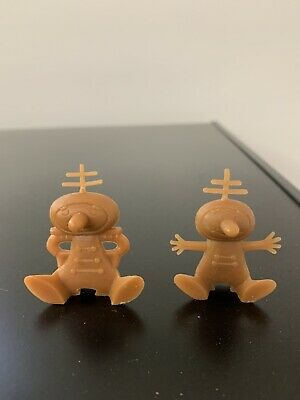Two Nabisco Alien Spoon Riders With Antennas