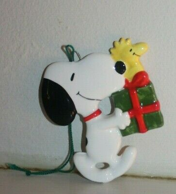 Vintage Schulz Peanuts Snoopy and Woodstock Present Figural Christmas Ornament