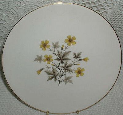 Knowles Sunlight Yellow Daisy Flowers Gold Trim X-5051 Dinner Plate Plates