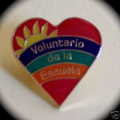 """Voluntario de la Escuela"" Spanish Volunteer Pins (25)"