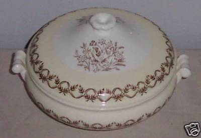 Wedgwood Brown & Yellow 1 Quart Covered Casserole