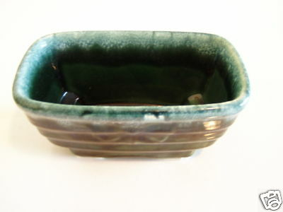 Vintage Hull green pottery ceramic planter