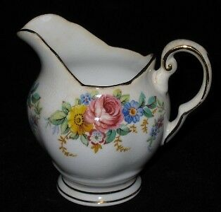 Tuscan GARLAND Creamer, made in England