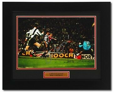 STAN COLLYMORE Hand Signed Framed LIVERPOOL Photograph