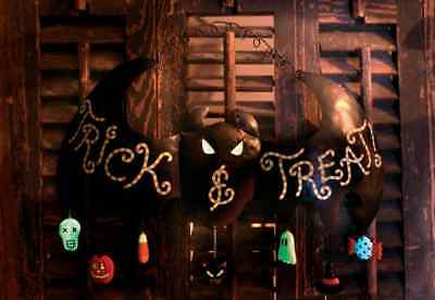 HALLOWEEN ~ TRICK & TREAT Bat Sign (Metal) Glow in Dark