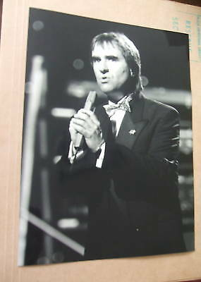 1988 vintage chris be burgh press photograph
